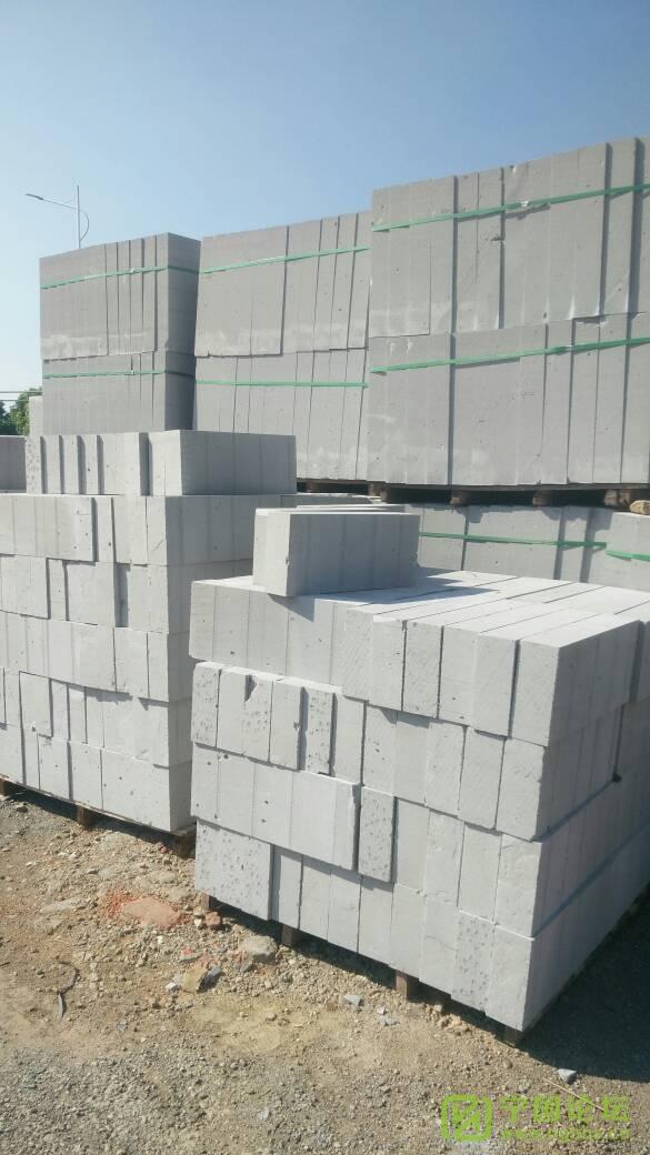 出售加气砖(上门砌墙) - 宁国论坛 - 091501mqd31k8tzrr7038z.jpg