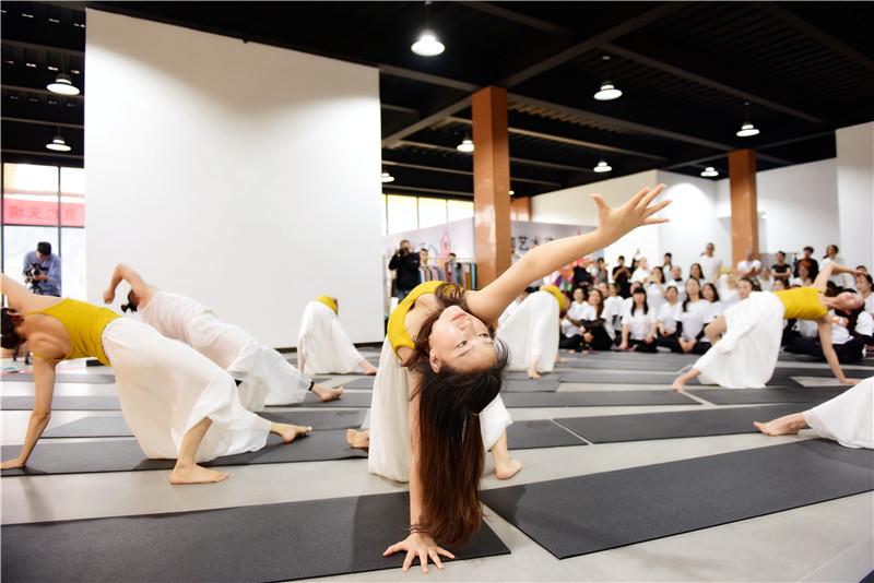 向往的生活 梵瑞瑜伽·真也天境回归于山水之间首届瑜伽艺术节圆满举行 - 宁国论坛 - DSC_3916.jpg