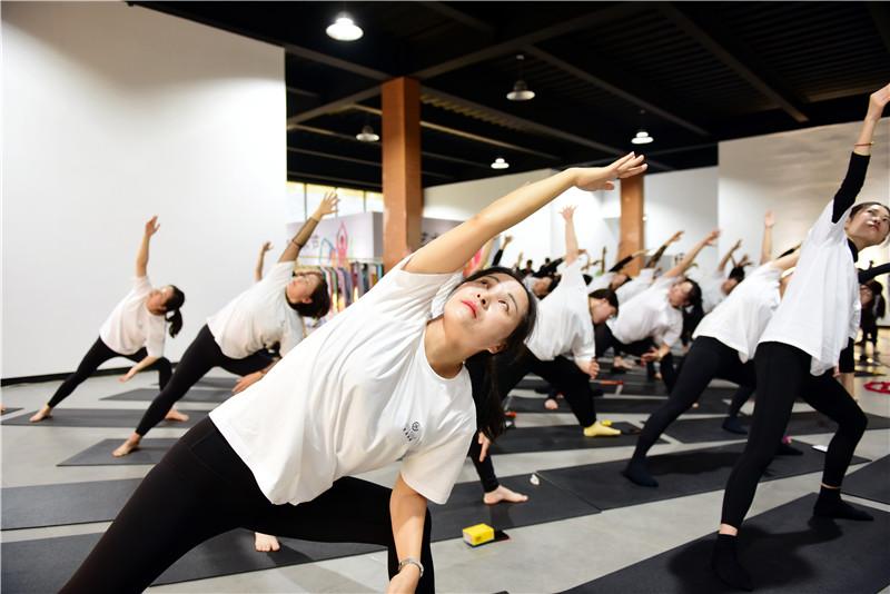 向往的生活 梵瑞瑜伽·真也天境回归于山水之间首届瑜伽艺术节圆满举行 - 宁国论坛 - DSC_4254.jpg